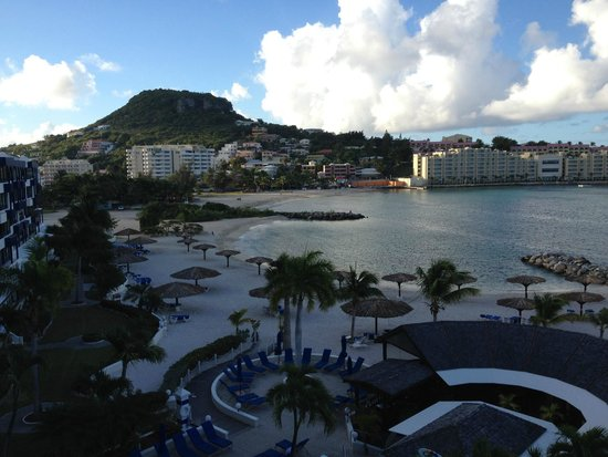 Royal Palm Beach Resort: View from Terrace