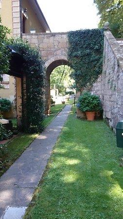 Hotel Relais Valle Orientina: Un pittoresco angolo della struttura