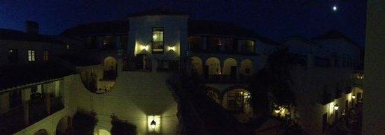 Las Casas de la Judería: Vista notturna dell'hotel