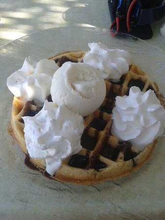 Oasis Pool Bar : Waffles at The Oasis