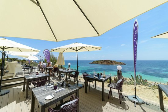 Lila Portals Beach Restaurant & Bar