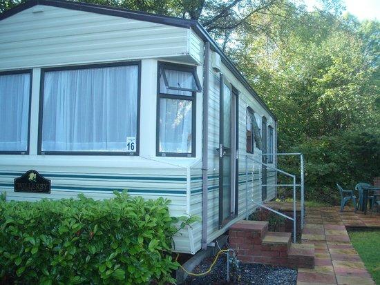 Sunnyvale Holiday Park : Caravan 16