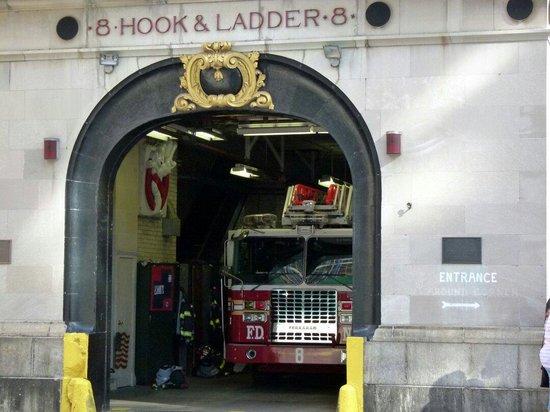GhostBusters Firestation: Entrée de la station des pompiers
