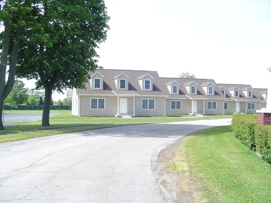 Camp perry lodging conference center updated 2018 for Camp joy ohio cabins