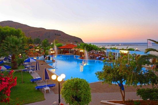 Corissia Beach Hotel: Corissia Park