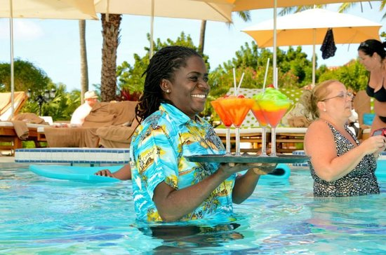 Sandals Grande Antigua Resort & Spa : Service with a smile! Karen our AMAZING Butler