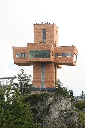 St. Ulrich am Pillersee, Austria: Vue de la croix