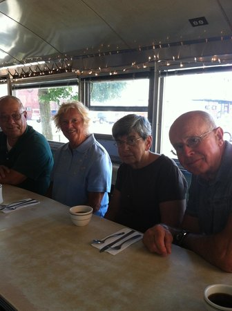 Palace Diner: Happy eaters!