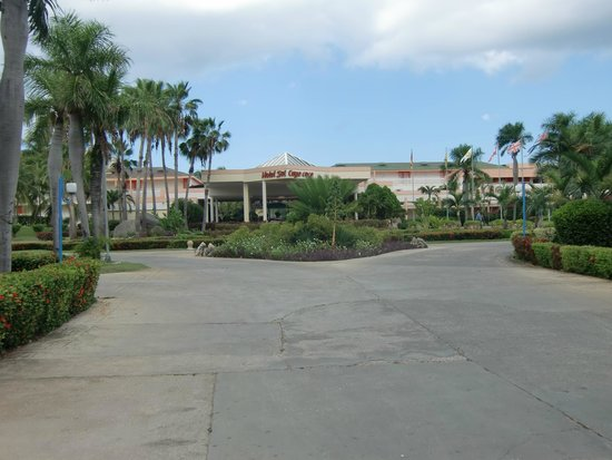 Sol Cayo Coco: front of hotel