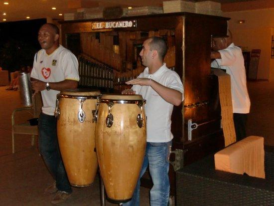 Sol Cayo Coco: barrell organ