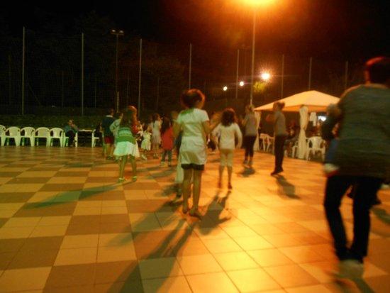 Hotel Kennedy : baby dance al Lido di Savio Village