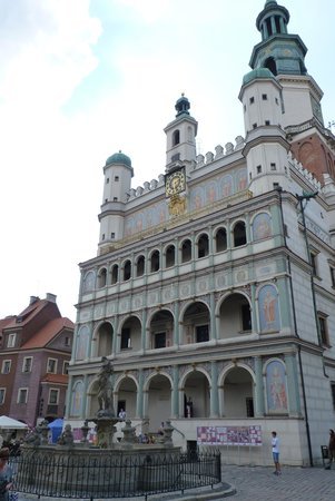Old Market Square: Hôtel de Ville