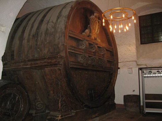 Schloss Heidelberg: wine cask in castle