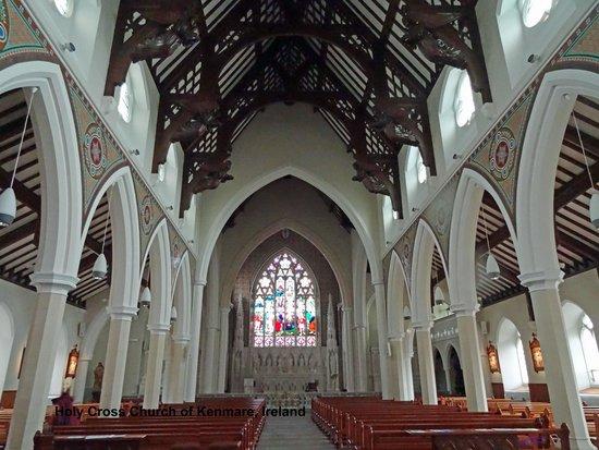 Holy Cross Church: Enjoy the Solitude