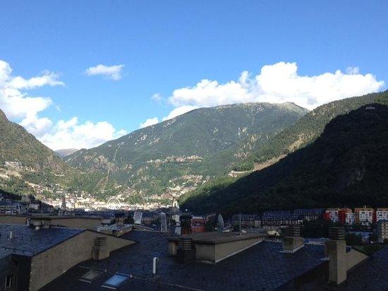Hotel President : Vu sur les montagnes d'Andorra