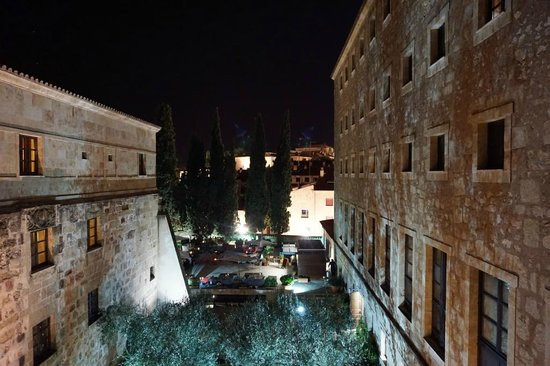 Hotel Hospes Palacio de San Esteban: Vista nocturna desde la habitación