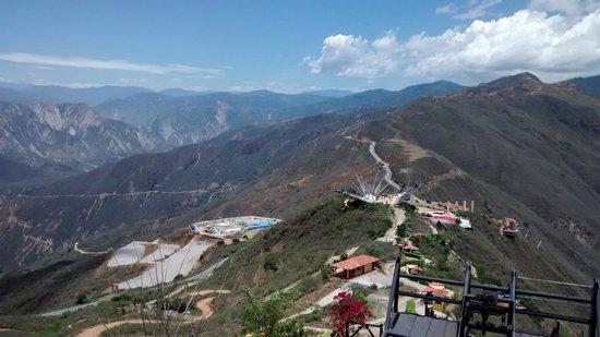 Panachi: Vista desde uno de los miradores del lugar.
