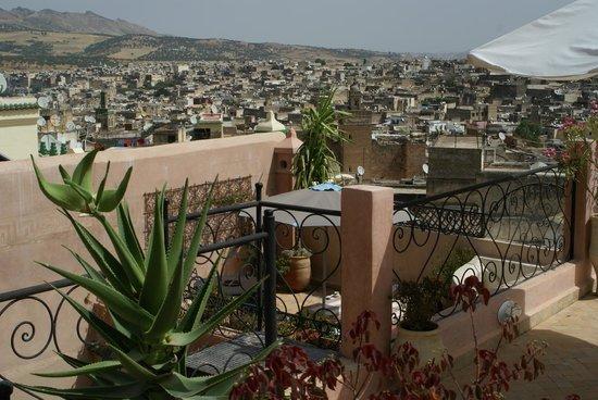 Riad Tara Hotel & Spa: terrasse