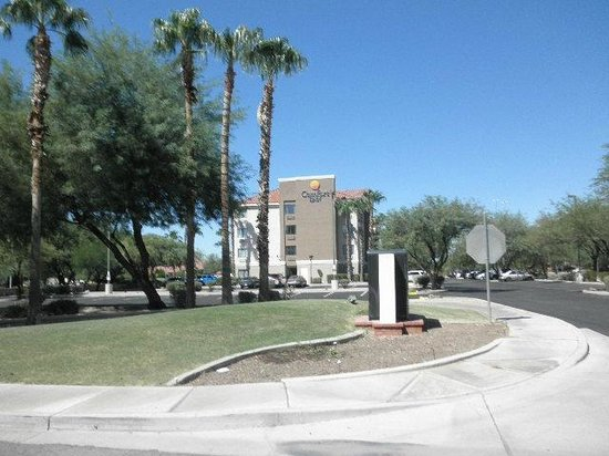 Comfort Inn - Chandler / Phoenix South: Hotel Grounds
