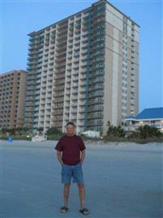 Paradise Resort: beach view of Paradise