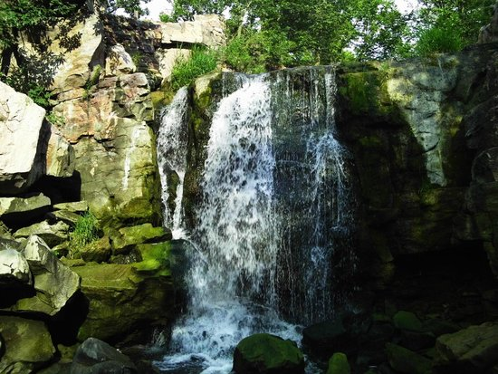 Pipestone, MN: Different view of the falls