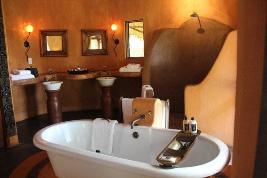 Pondoro Game Lodge: Salle de bain Pondoro