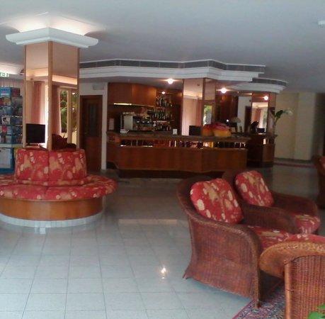 Hotel Tiffany : ecco una parte della hall