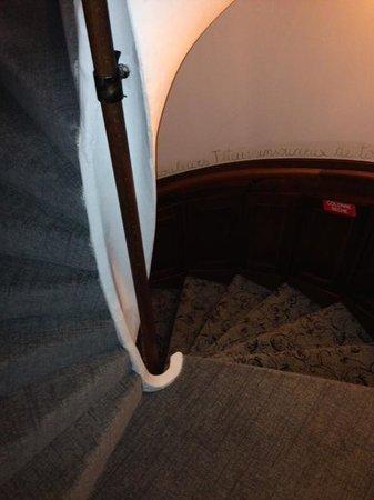 Grand Hôtel des Alpes : Spiral stairs