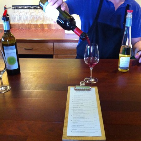 Arrowleaf Cellars : Our delicious wine tasting. The fantastic dessert wine is on the right.