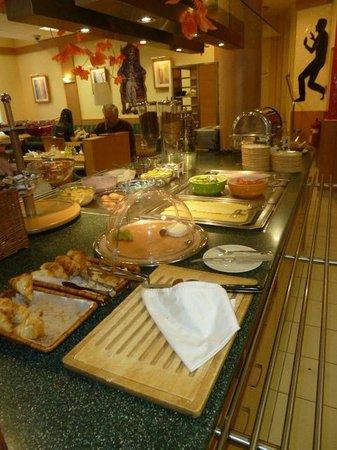 Ibis Bratislava Centrum: Lovely self-service breakfast