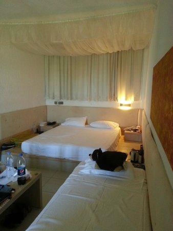 Elounda Palm Hotel: Our Triple Room