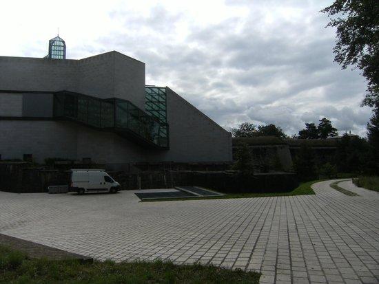 Les Trois Glands: Musée MUDAM
