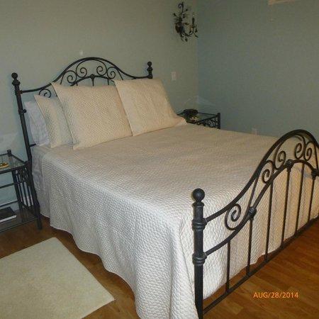 Bella Vista B&B: The en-suite bedroom