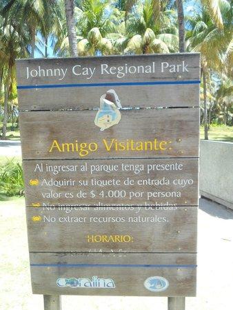Johnny Cay: Placa na entrada