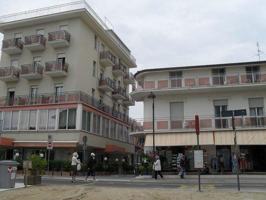 Hotel Barca d'Oro: Hotel e Dependance