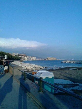 Via Caracciolo e Lungomare di Napoli : Napoli