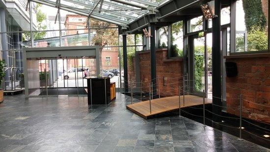 Hyatt Regency Cologne : Empfangshalle