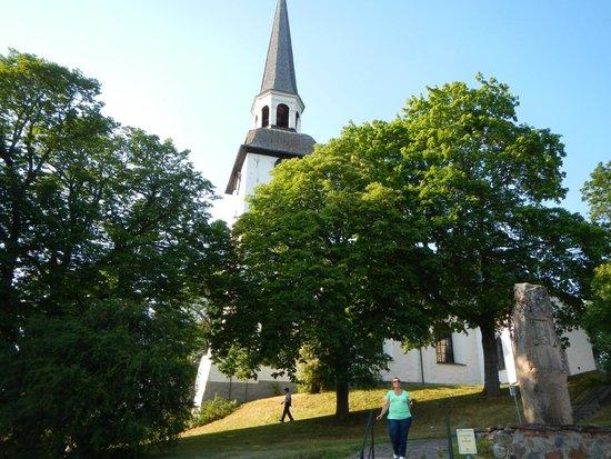 Karnbo Church