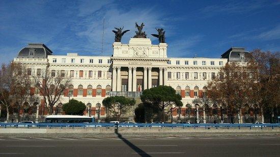 Ministerio de agricultura palacio de fomento picture of for Ministerio de seguridad espana