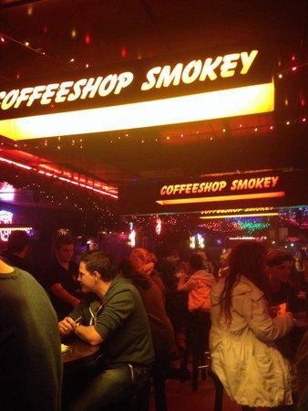 Smokey Coffeeshop: Super