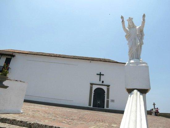 Convento La Popa de la Galera: Acceso por escalinata.