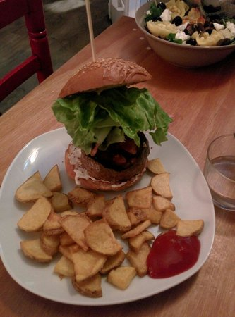 Carmencita Bar : Bobo burger