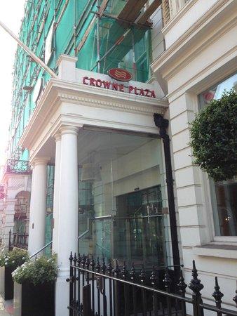 Crowne Plaza London Kensington: Ingresso Hotel