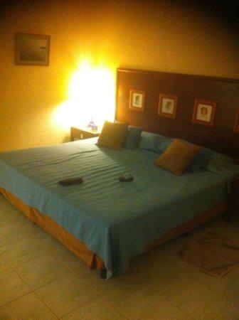 Hotel Roc Arenas Doradas: My room - very clean