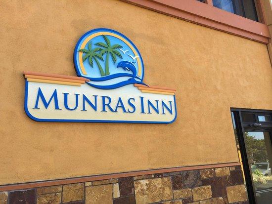 Munras Inn: Hotel