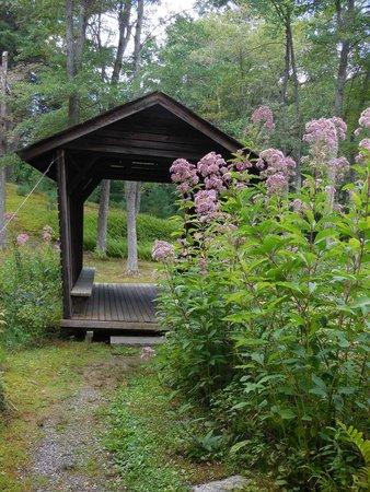 Innisfree Gardens: Corncrib Bridge