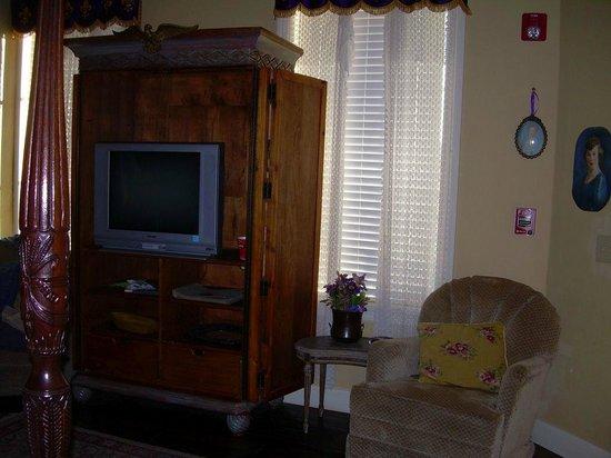 Crescent Quarters Inn: N'Awlins Suite