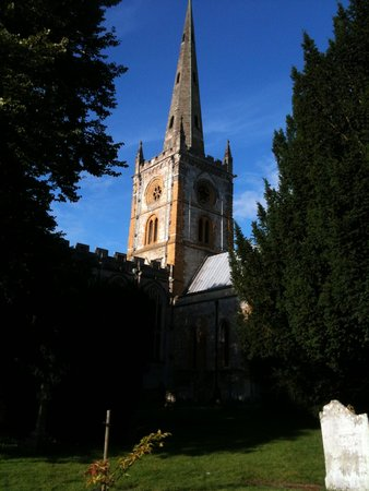 The River Avon Trail: Church of the Holy Trinity