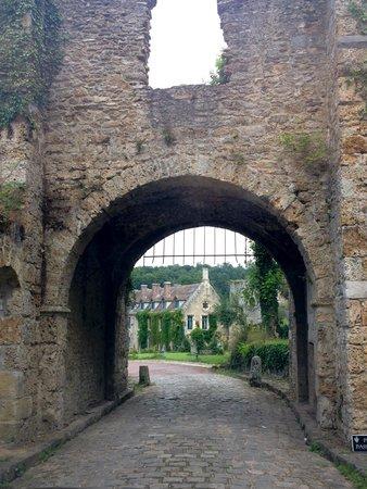 Abbaye des Vaux de Cernay Hotel: entrada