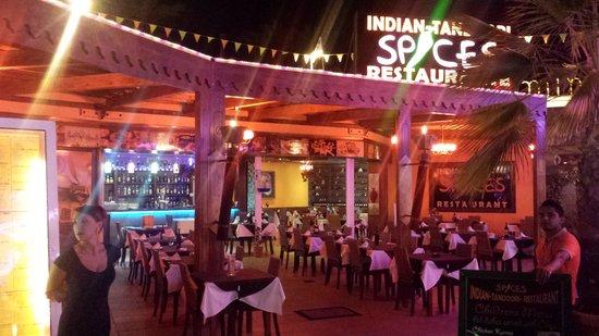 Indian Tandoori Spices Resturant